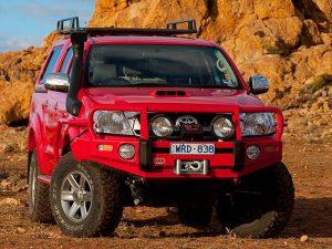 Силовой бампер ARB Deluxe для Toyota HiLux 2005-2011