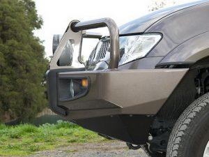 Силовой бампер ARB Deluxe для Mitsubishi L200