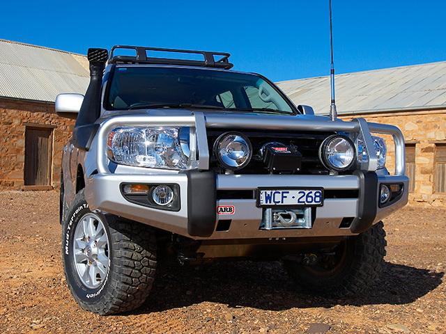 Силовой бампер ARB Deluxe для Toyota Land Cruiser 200