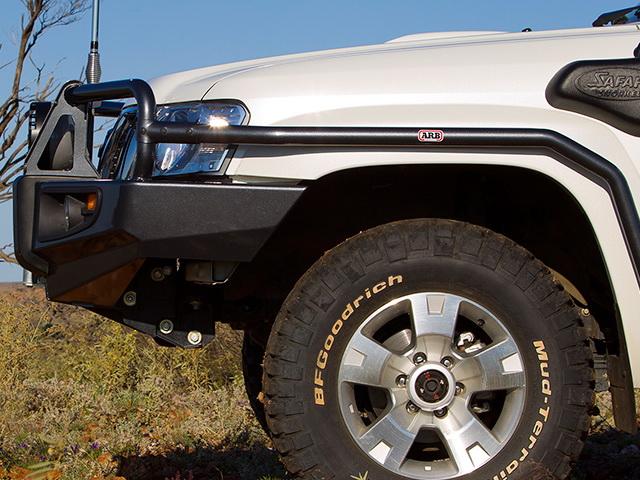 Силовой бампер ARB Deluxe для Nissan Patrol 2004-