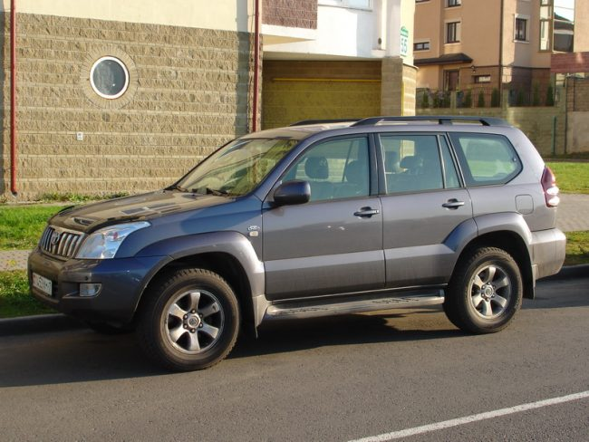 Релинги для Toyota Land Cruiser 120 Prado