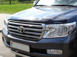 Дефлектор капота для Toyota Land Cruiser 200