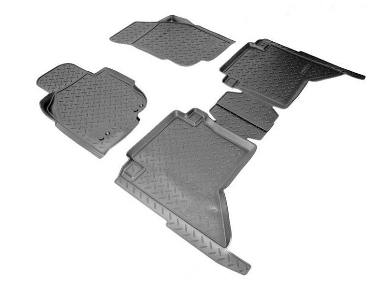 Купить коврик автомобильный для Toyota Hilux 2011-2015 в Минске