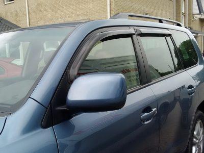 Ветровики для Toyota Land Cruiser 200
